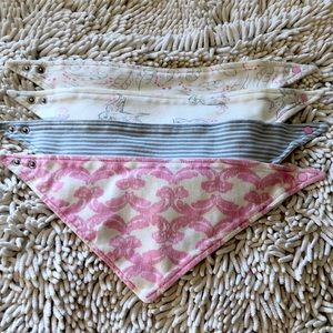 Touched by Nature 4-pack Bandana Bibs